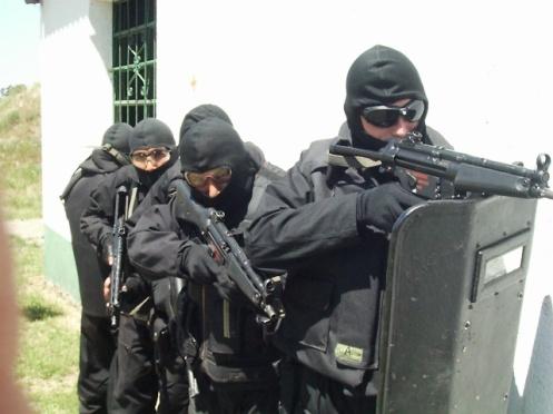 Resultado de imagen para mp-5 + gendarmeria