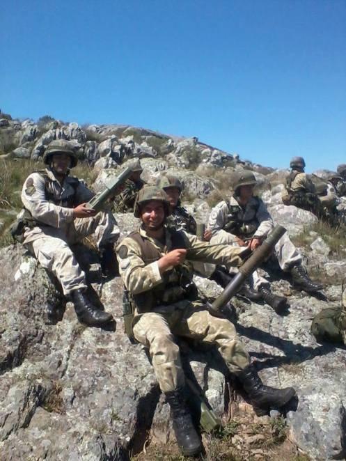 Personal del Regimiento de Asalto Aereo 601