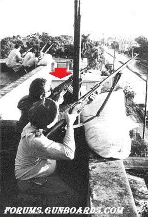 CUBA MILICIA AK47