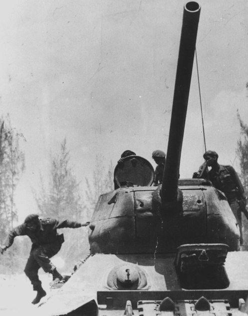 FIDEL T-34 GIRON
