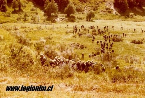 02. Co 413 cruzando quebrada Rio de los Ciervos, Dic 78.a