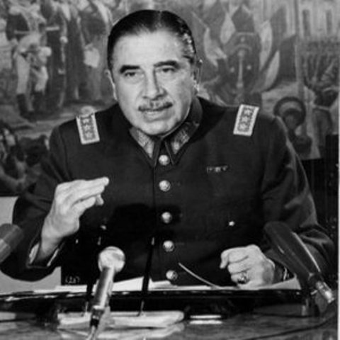 Augusto-Pinochet1
