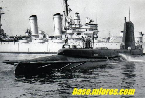 El SS Simpson, de fondo se aprecia el CL 03 Prat f