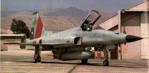 F-5E_TIGREII_FACH_808_02-1ss