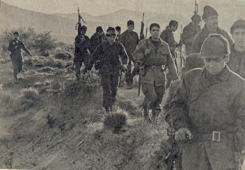 Soldados_Argentinos_Marchan