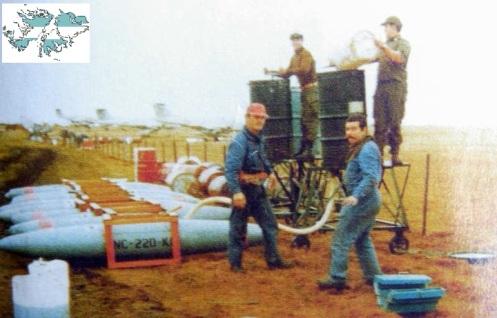 Bombas en la guerra de malvinas 208321_205555579467512_4230643_n
