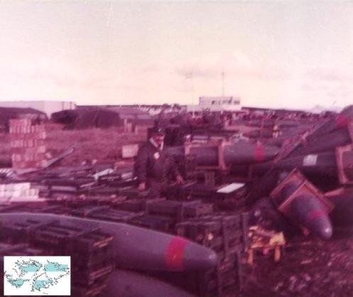 Bombas en la guerra de malvinas 5541134474_df13dbf20c_zdsds