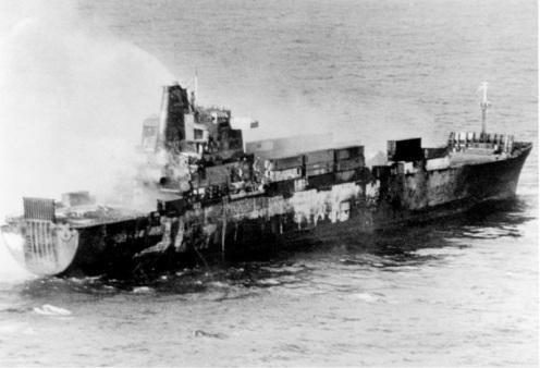 1982_05_25-Atlantic-Conveyor-Sinking
