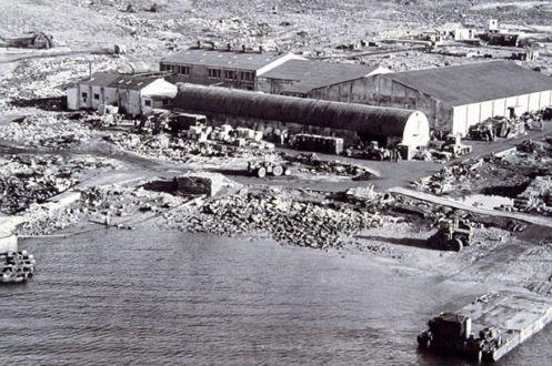 Bombas en la guerra de malvinas Ajaxbayfieldhospital