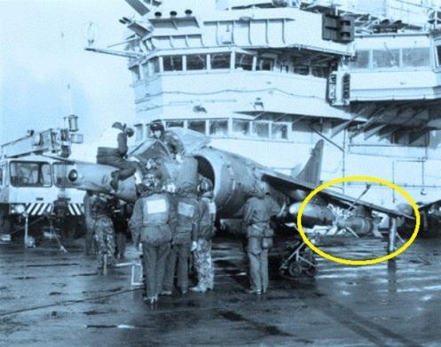 bomba guiada por laser HMS hERMES MALVINAS 1982