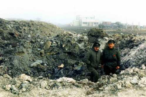 crater de bomba de 1000lb puerto argentino vulcann