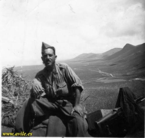 Soldado Moreno Armario -Batallón Cádiz 41 1957-58 s