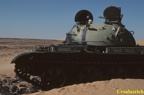 tanque libio destruido-chad
