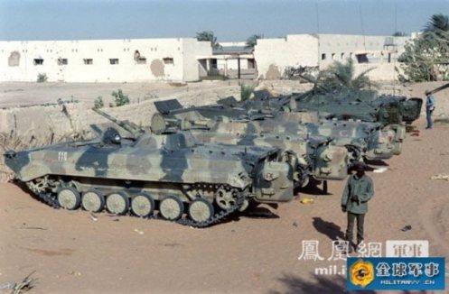 tanques libios abandonados en Chad (2)5