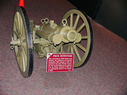800px-Pack_Howitzer2