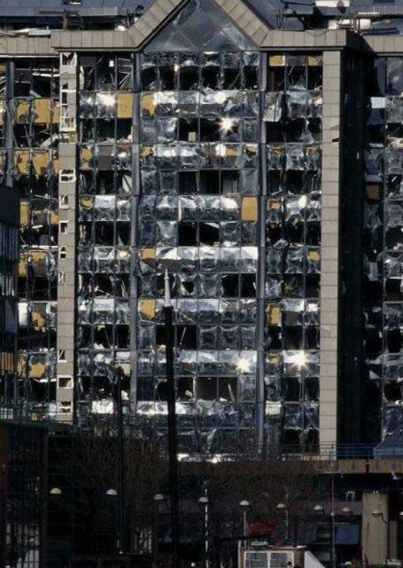 atentado de Docklands en 1996 (1)T