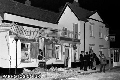 horse and groom IRA bomb (6)
