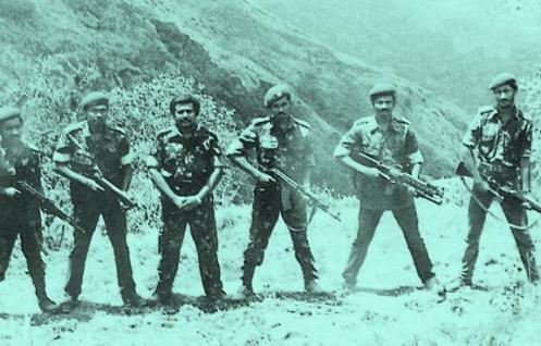 LTTE_leaders_at_Sirumalai_camp