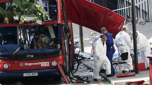 922351-london-bus-bombed-july-7-2005