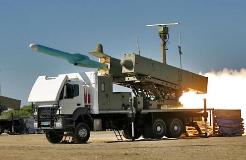 iran iranian navy test fires Strait of Hormuz (2)