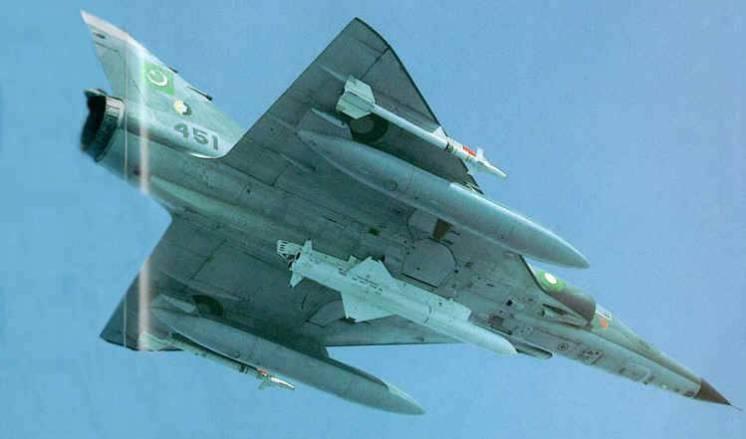 La Aeronaval Francesa retiraría sus SEM y el COAN estaría interesado en estos aviones - Página 8 Pakistanmirage5pa451withexocetasm