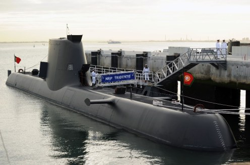 llegada del submarino_NRP_Tridente_à_Base_Naval_do_Alfeite