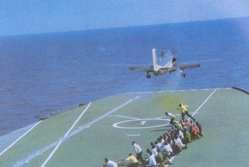 INS_Vikrant_(R11)_launches_an_Alize_aircraft_during_Indo-Pakistani_War_of_1971
