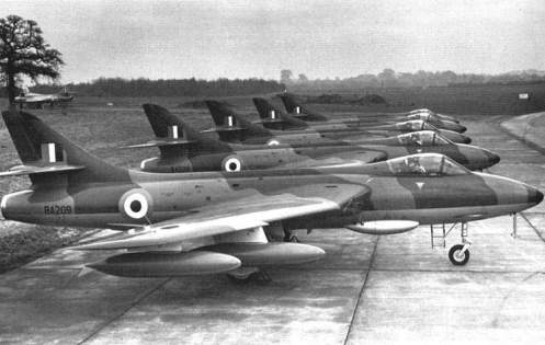 Hawker Hunter (2)