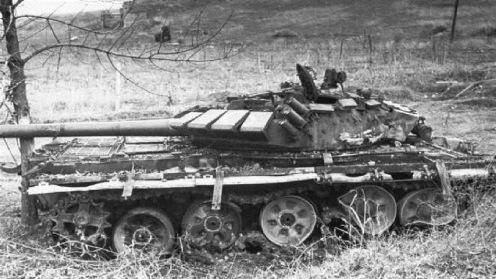 Artillería Armenio Azerbaiyán T-72BM entrados en Agder