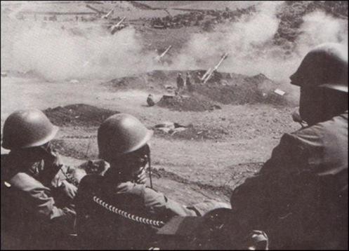 Artillería China desempeña un papel importante, el apoyo a la infantería
