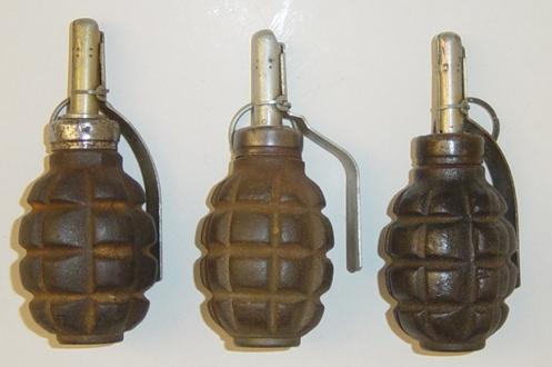 Soviet-F1-hand-grenades.