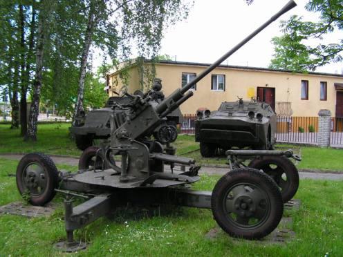 cañon antiaéreo 61-K SOVIETICO