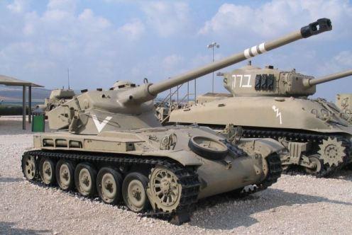 AMX-13-latrun-