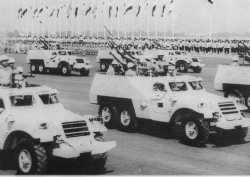Desfile militar cairo BTR-152