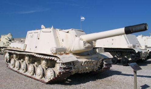 ISU-152-latrun- in Yad la-Shiryon Museum, Israel