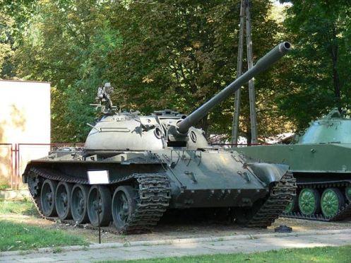 T-55_main_battle_tank_Russian
