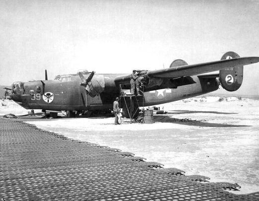 512th_Bombardment_Squadron_-_B-24_Liberator