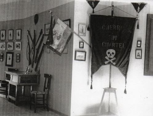 Bandera cura Sta Cruz museo carlista rf