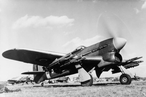 Typhoon_137_Sqn_RAF_with_rockets_at_Eindhoven_1944