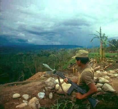 fal soldado peruano