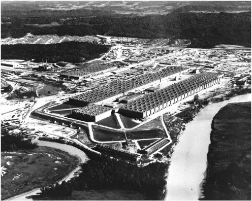 1024px-K-25_aerial_view