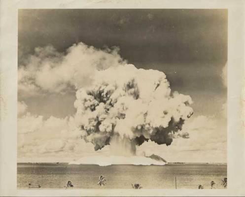 explosion-nuclear-atolon-bikini-2