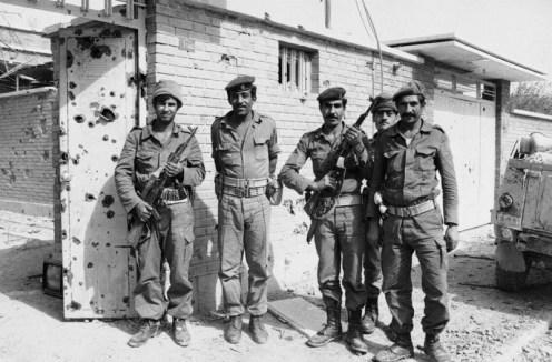 Algunos soldados iraquíes en una foto sin fecha, probablemente tomadas en el sur de Irán d