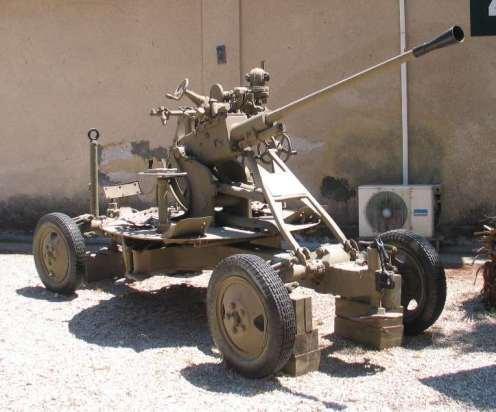 61-K-37mm-AA-gun-batey-haosef-2-1