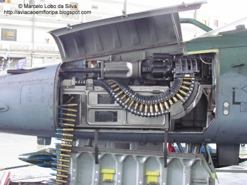 cañón F-5