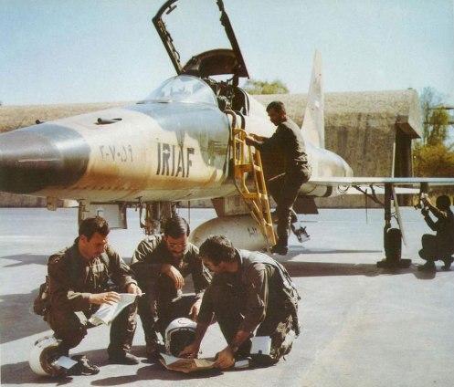 f5_pilots_b4_iraq_mission
