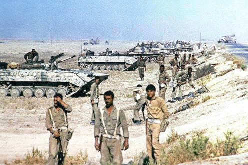 mecanizados de los armadillos, la octava brigada de infantería, 3ª división blindada (fuerzas de Saladino), 1981 - copia