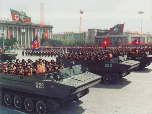 pyongyang-parade-01