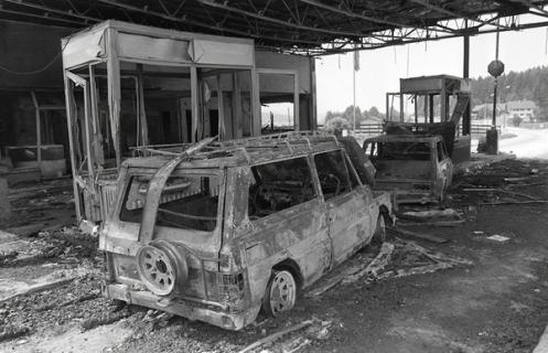 Guerra de los Diez Dias 1991 (15)