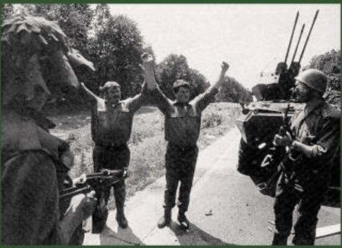 Soldados eslovenos capturados -Guerra de los Diez Dias 1991.